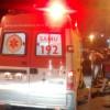 Colisão envolvendo duas motos deixa três pessoas feridas uma delas precisou ser socorrida pelo SAMU para o HRC.