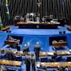 Reforma Política: PEC aprovada agora a pouco no senado, pode diminuir quantidade de partidos do congresso.