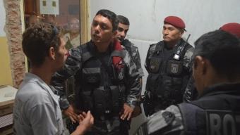 Popular embriagado denuncia Policiais do BOPE de Furto durante abordagem e acaba detido em Cajazeiras na noite desta segunda.