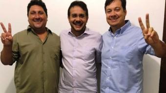 Muniz deixa PP e se filia a partido aliado de RC e rompimento com Airton pode ser a consequência. Jr Araujo estaria costurando apoio para Azevedo.