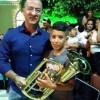 Prefeito Gervásio Gomes entrega novos instrumentos para Banda de Musica Municipal.