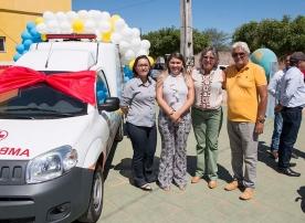 Conquista: Prefeita Aurileide realiza entrega de ambulância na comunidade de Torrões.
