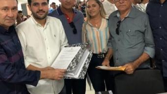 Com João Azevêdo: Prefeito Dedé Cândido consegue autorização de adutora e dois carros pipas para Poço Dantas. Veja!