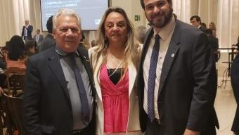 Em Brasília, Doutora Paula participa de evento em prol da retomada do emprego.