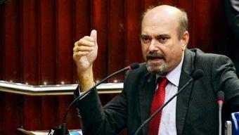 Jeová Campos sai em defesa de Azevedo e diz que oposição quer o segundo turno das eleições na Paraíba; ele ainda disse ser solidário ao ex-governador RC