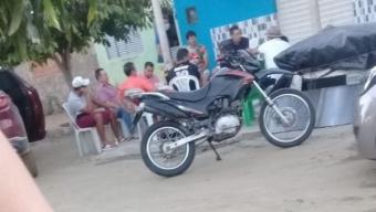 Empresário Zé Almeida desrespeita normas da saúde, bebe no meio da rua e faz reuniões políticas em Poço Dantas Veja!